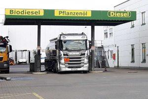 LWK-Tankstelle mit Biokraftstoffen, © getreidekonservieren.de