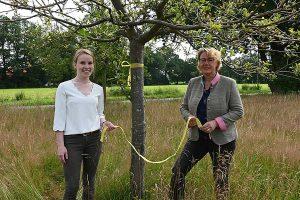 Landwirtschaftsministerin Barbara Otte-Kinast und Maren Meyer, © ZEHN